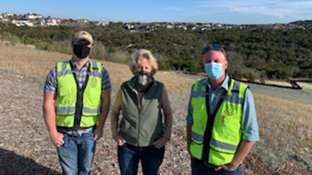 Commissioner Ann Howard with Travis County environmental staff visiting Rough Hollow in Lakeway's ETJ